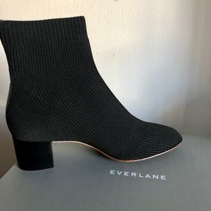Everlane Shoes - Everlane The Glove Boot ReKnit! Size 9!